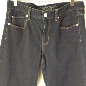 AEO Dark Wash Skinny Jeans sz 12L EUC